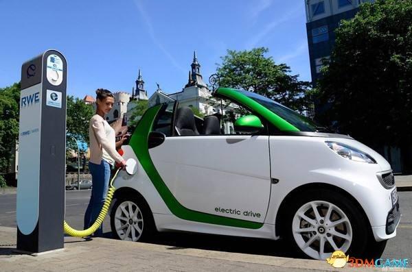 """我国新能源车超150万辆 动力电池""""报废潮""""将来袭"""