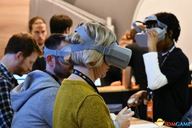 GDC2019 手机PC两相宜 新VR眼镜Oculus Go体验