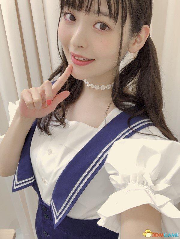美女声优上坂堇最新美照 展示挺拔胸部柔美气质