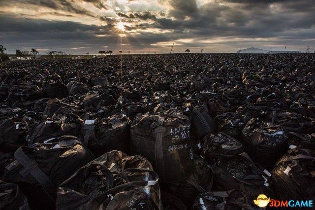 现代启示录 日本摄影家福岛核事故写真展反思文明