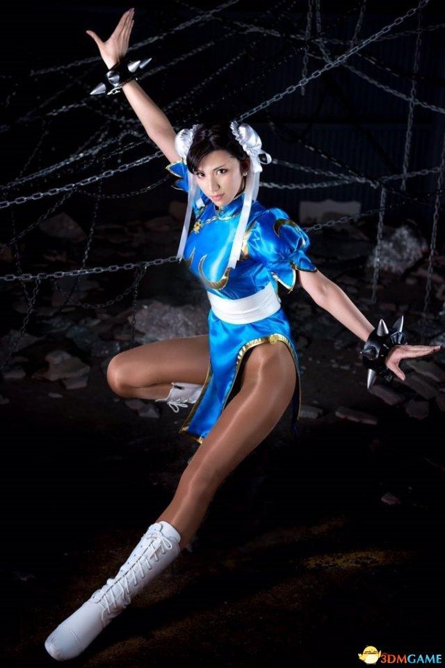 日本美女模特Cos春丽美图 黑丝大长腿十分吸睛
