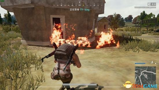 绝地求生四种投掷物使用技巧 攻楼必备燃烧弹