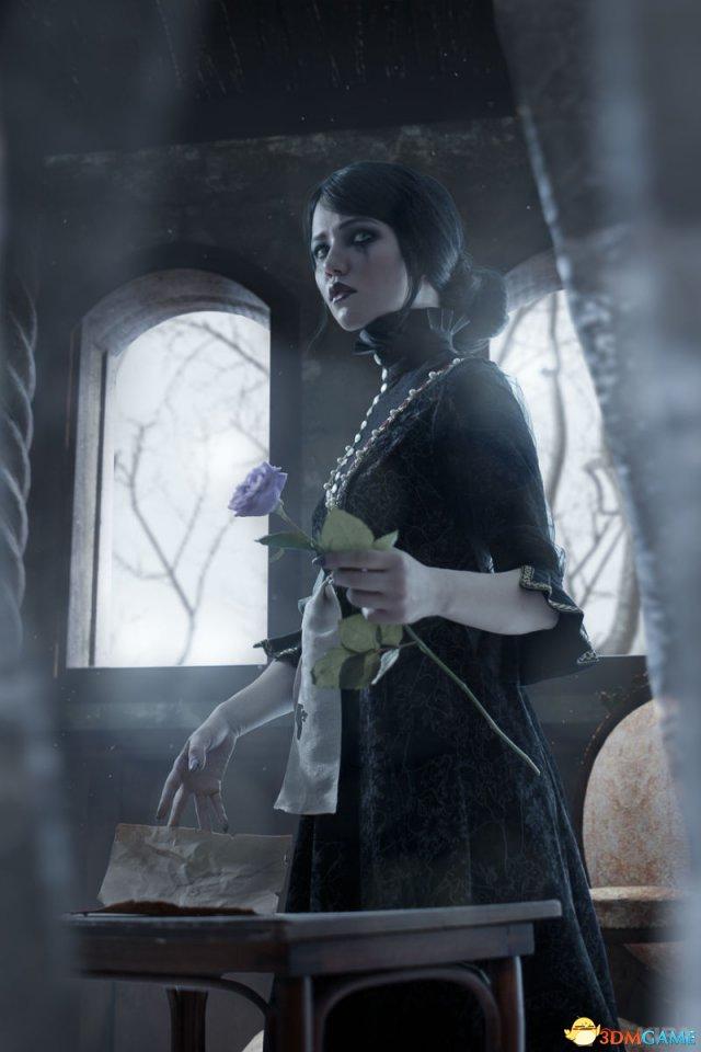 新闻资讯_国外美女Cos《巫师3》爱丽丝 楚楚动人惹人怜惜_3DM单机