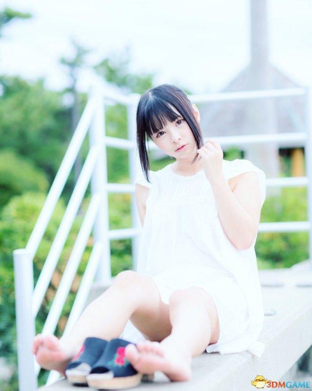 日本丰满妹子春野ゆこ美照欣赏 前凸后翘火辣性感