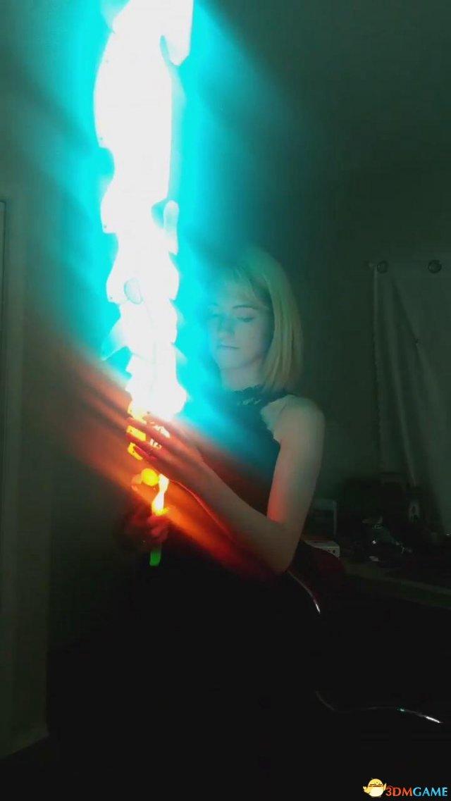 《塞尔达:旷野之息》 萌妹打造守护之剑 特效酷炫