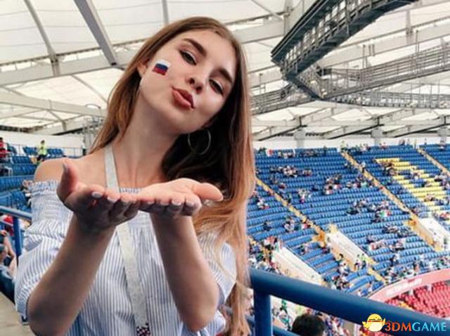 世界杯上俄罗斯女球迷靓眼 东欧美女果然名不虚传