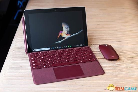 对标iPad!微软发布入门级Surface Go 399美元起