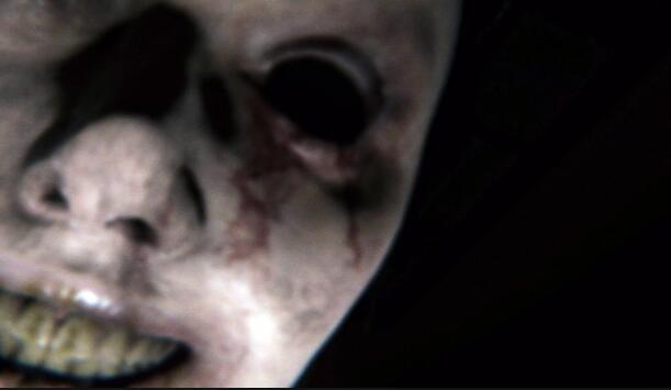<b>史上最恐怖游戏体验来了:在电影院超大银幕上玩《P.T.》!</b>