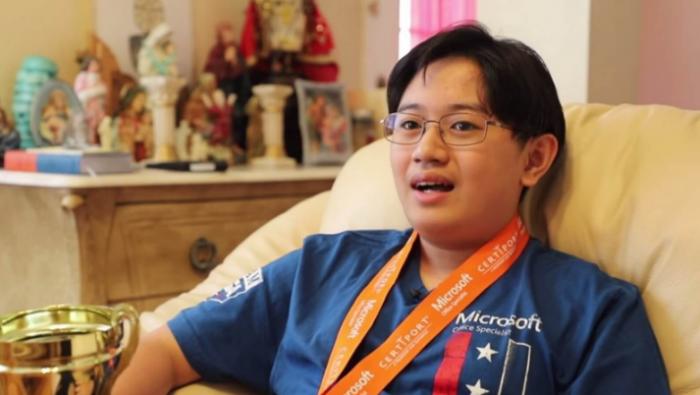 15岁的美国学生Kevin成为今年微软Excel世界冠军