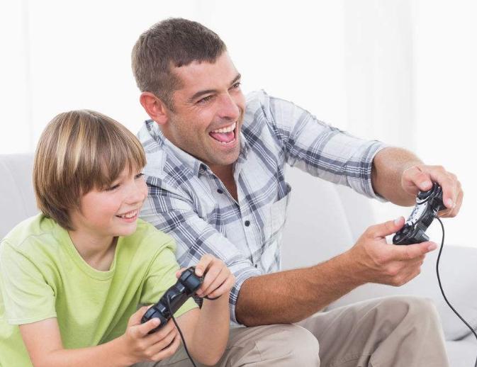 你会带着孩子一起玩澳门皇冠官网吗?