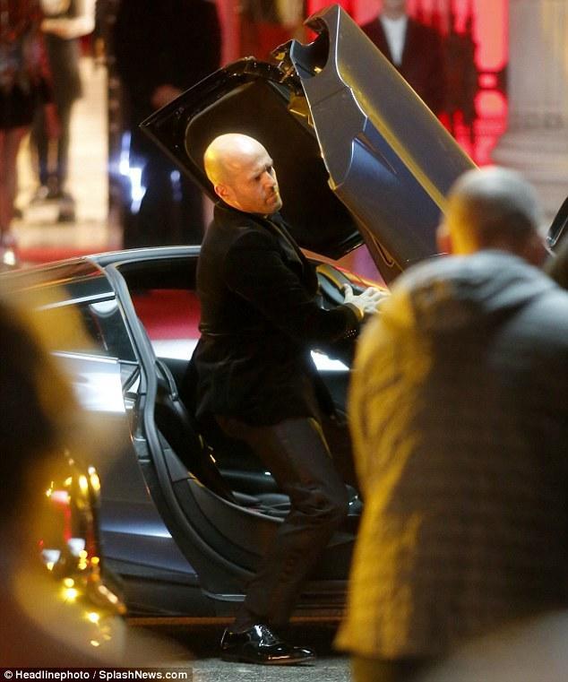 《速度与激情》 外传 《霍伯斯与肖》 开拍 杰森坐上麦克拉伦超跑