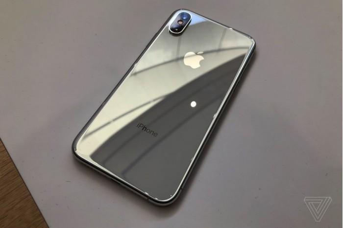 iPhoneXS发布太火 大家不看爱情动作片也要等待发布会