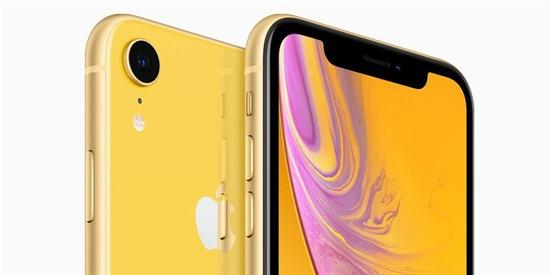 "iPhone XR延期上市 LCD刘海屏导致新手机""难产"""