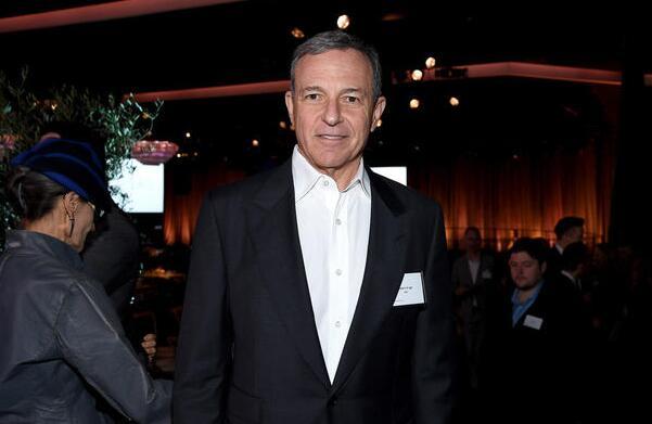 迪士尼CEO:不應該有兩個漫威!支持開除銀護導演