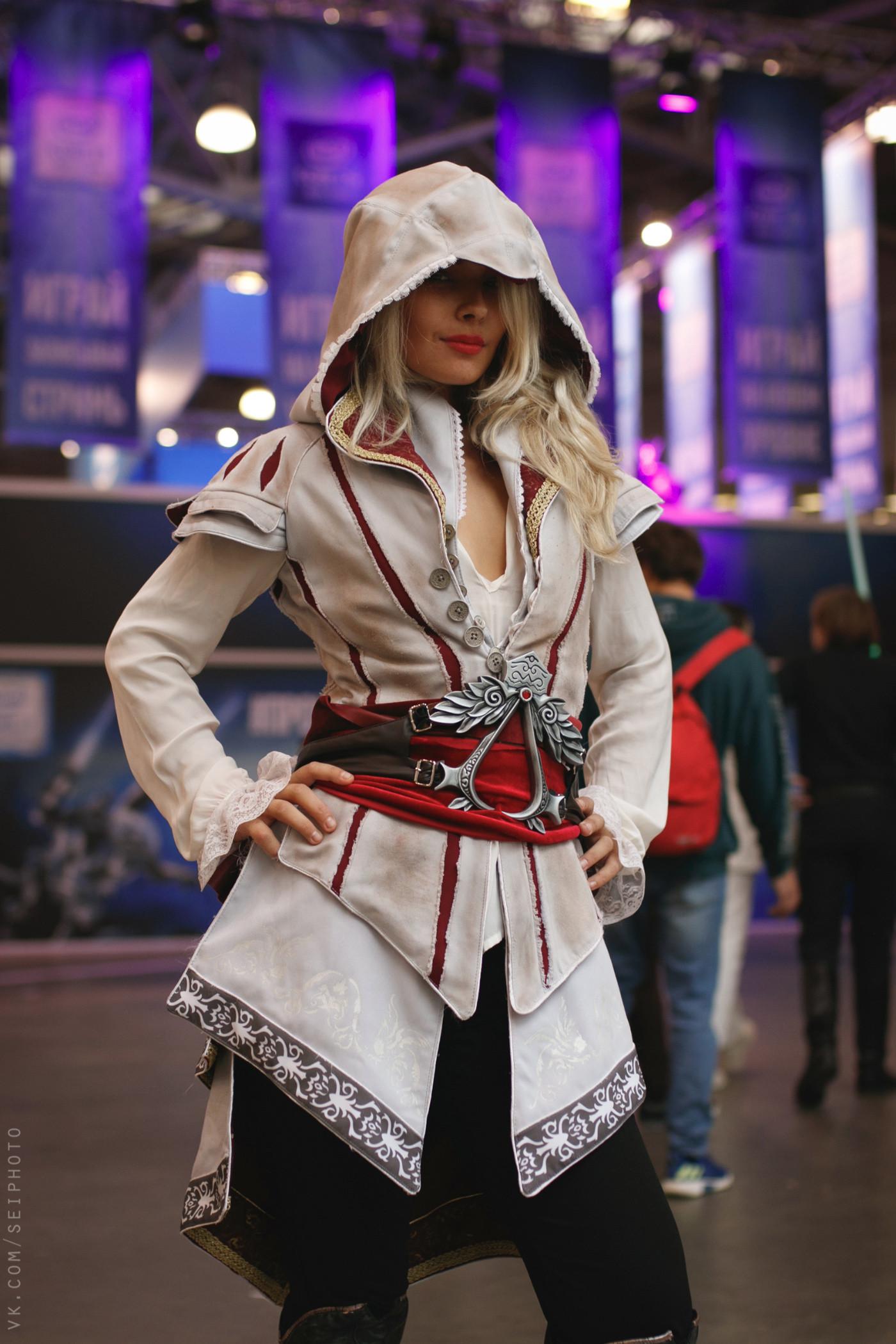 俄罗斯漫展现场Cos美图 满屏大长腿美女让人心动不已