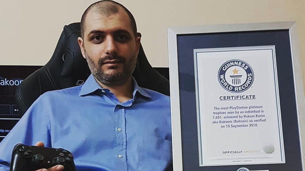 <b>PS白金杯第一肝帝Karim的人生:收入靠补贴和代打</b>