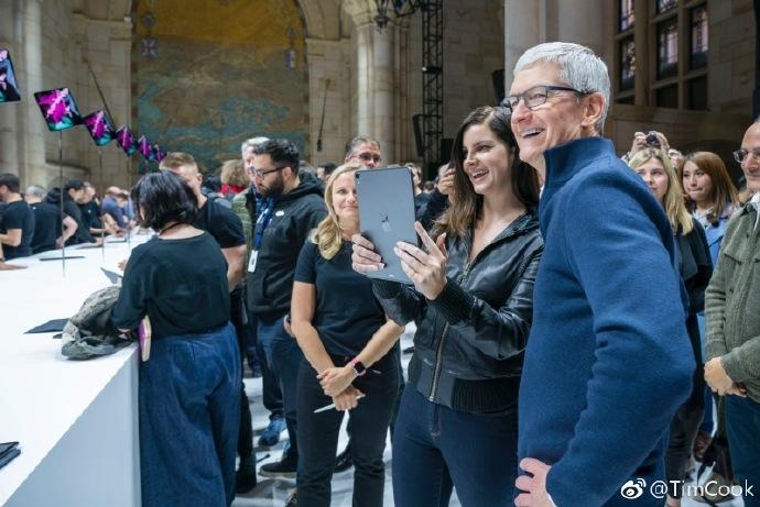 iPad售价首次破万 库克期待全球用户使用它进行创作