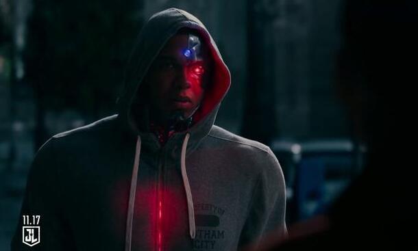 """《正义联盟》""""钢骨""""男星:希望扎导回归DC电影宇宙"""
