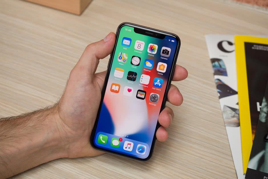苹果:部分iPhone X手机出现触控成绩 官方将收费改换