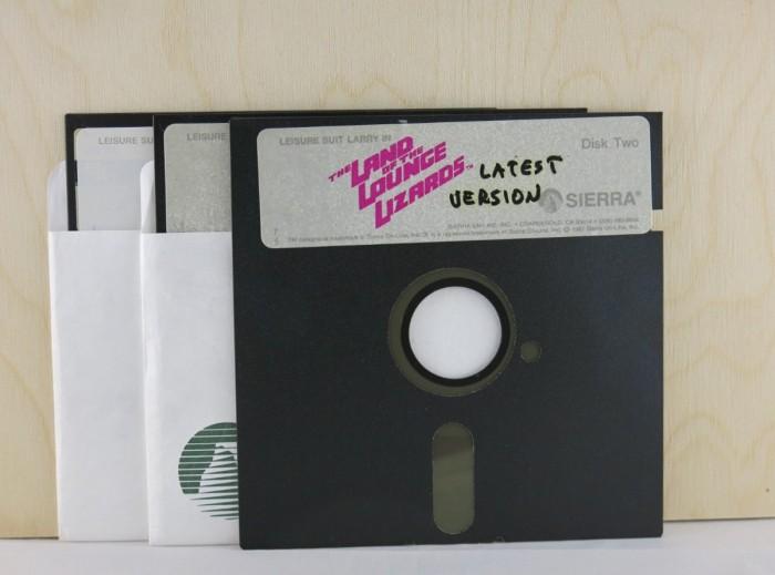 《花花公子拉瑞》系列的珍贵源代码文件正在拍卖