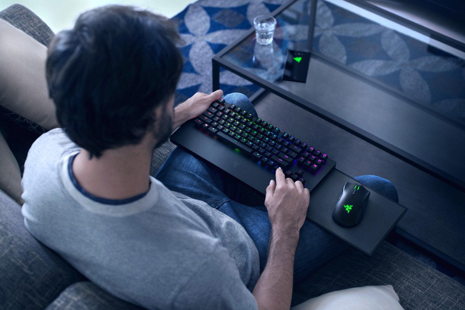 Razer雷蛇推出第一款Xbox One专用的键盘鼠标组