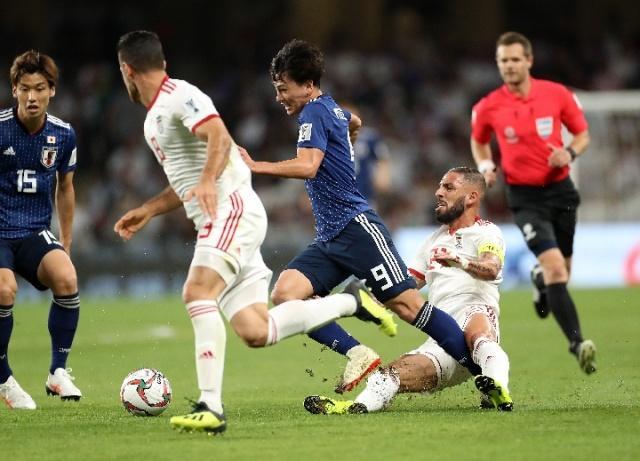 亚洲杯日本3:0横扫伊朗晋级决赛 此前4进决赛夺冠
