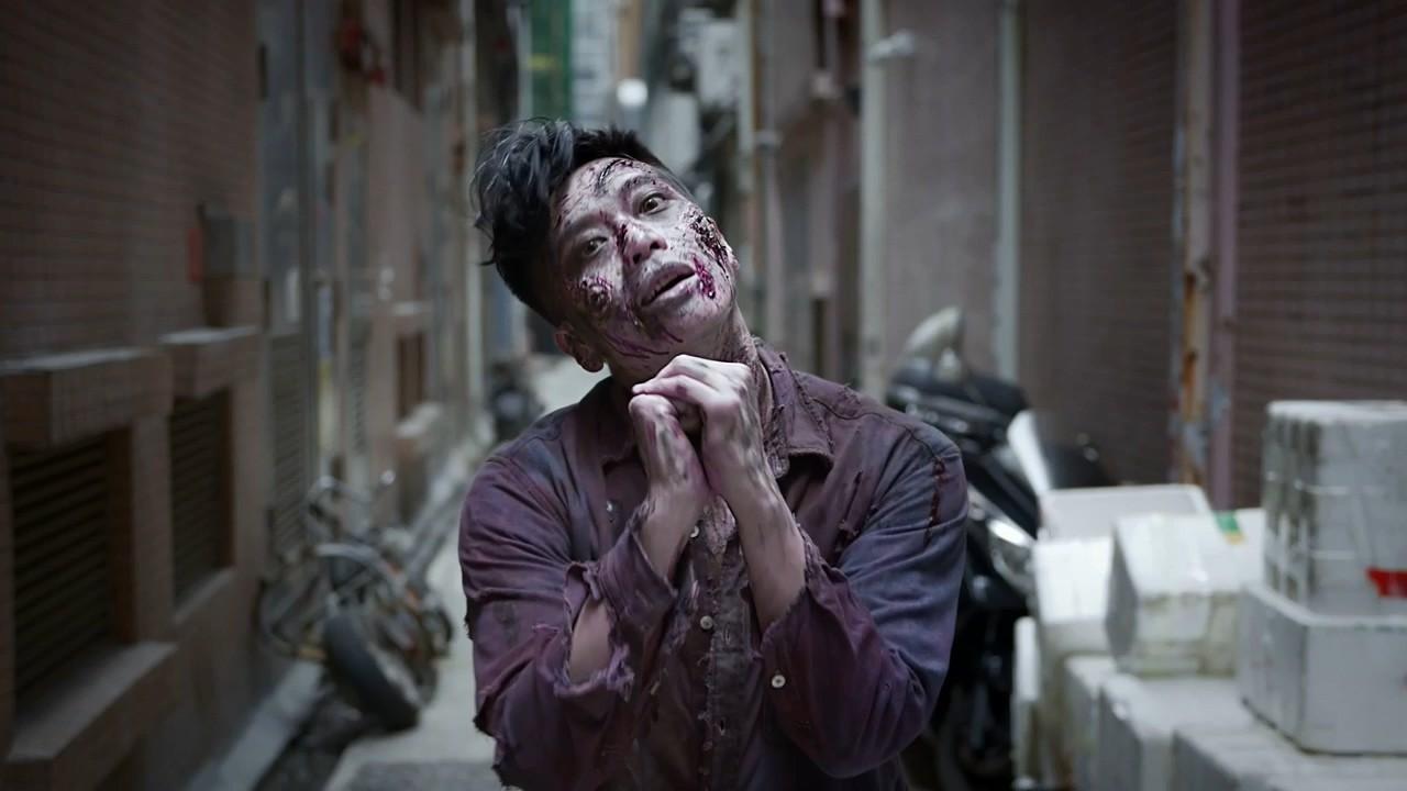 PlayStation《生化2》主题贺年片 里昂如何搞定僵尸