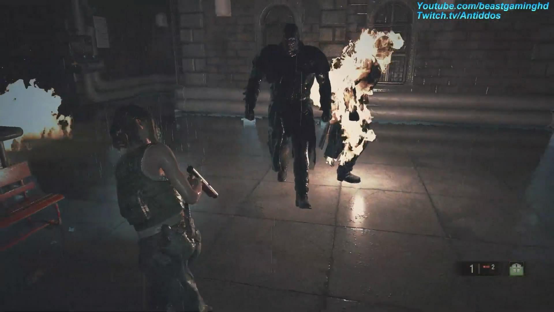 这谁顶的住?玩家在《生化2重制版》遇到两位暴君