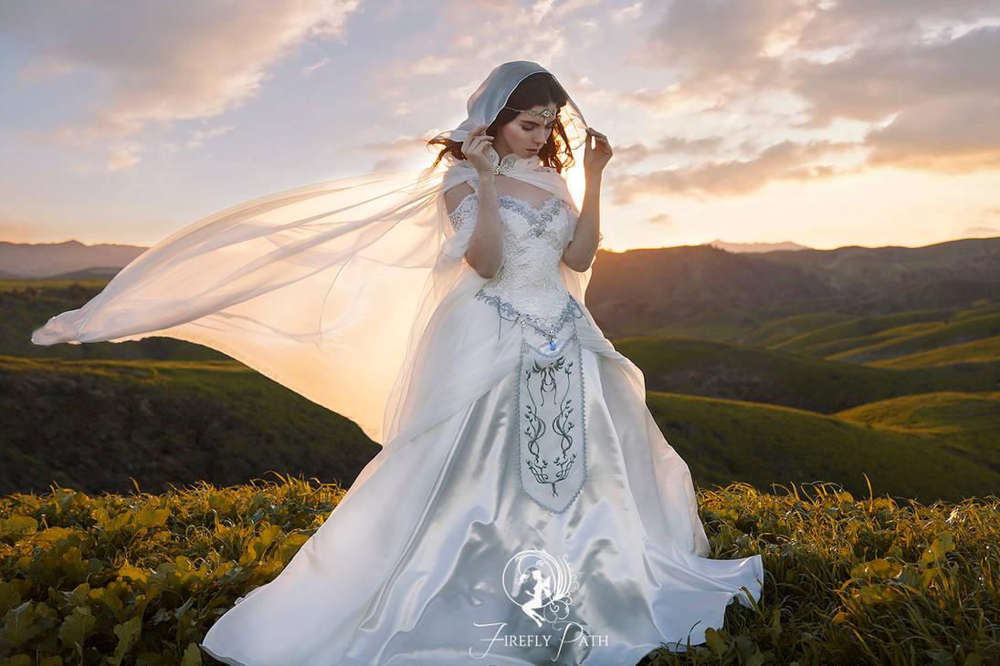 《塞尔达传说》主题婚纱低调奢华 来一场塞尔达婚礼吧