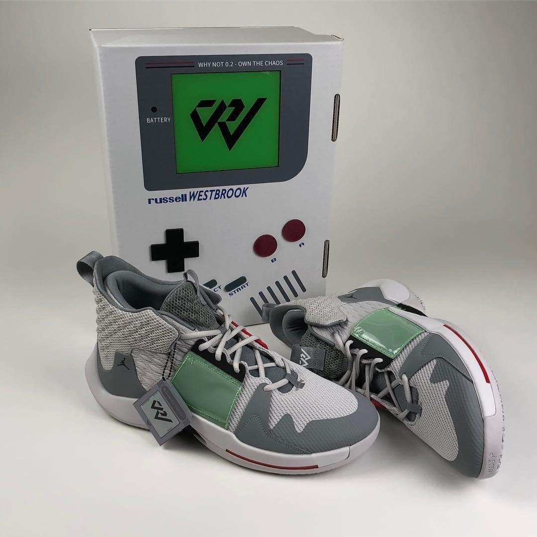 鞋盒更抢眼!NBA雷霆队巨星威少GameBoy主题球鞋