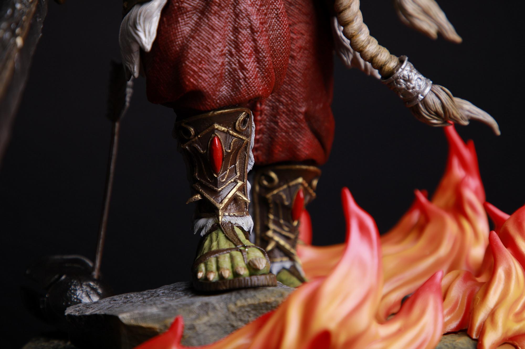 《魔兽争霸3》剑圣雕像!精雕细琢 霸气展露无遗