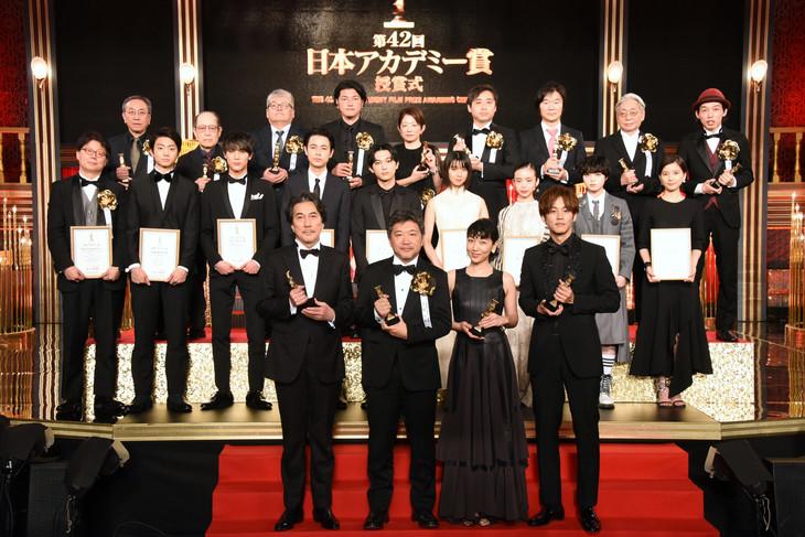 <b>《小偷家族》勇夺8项大奖!第42回日本奥斯卡正式颁奖</b>