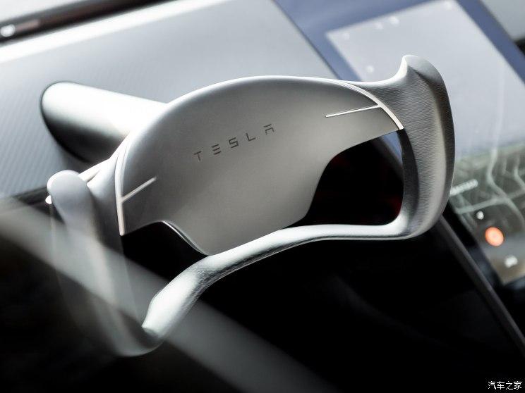 特斯拉全新Roadster在国内开始预订 33.20万元起