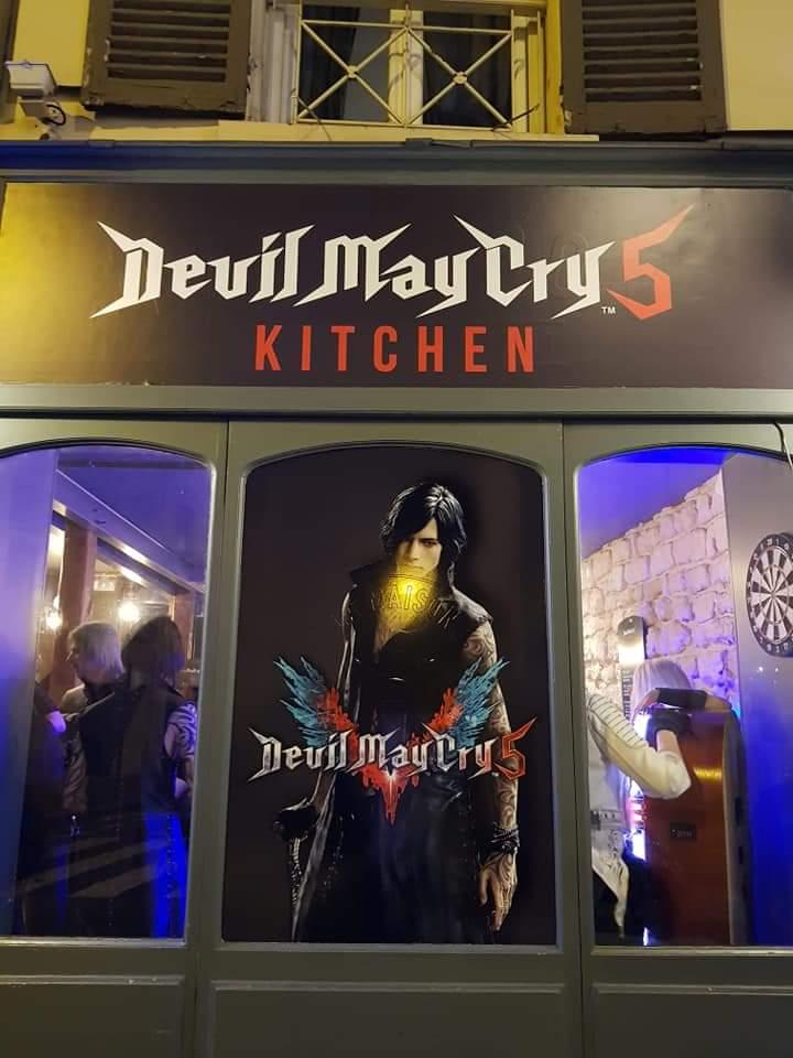 法国巴黎《鬼泣5》主题餐厅 吃美食玩Cos聚会好地方