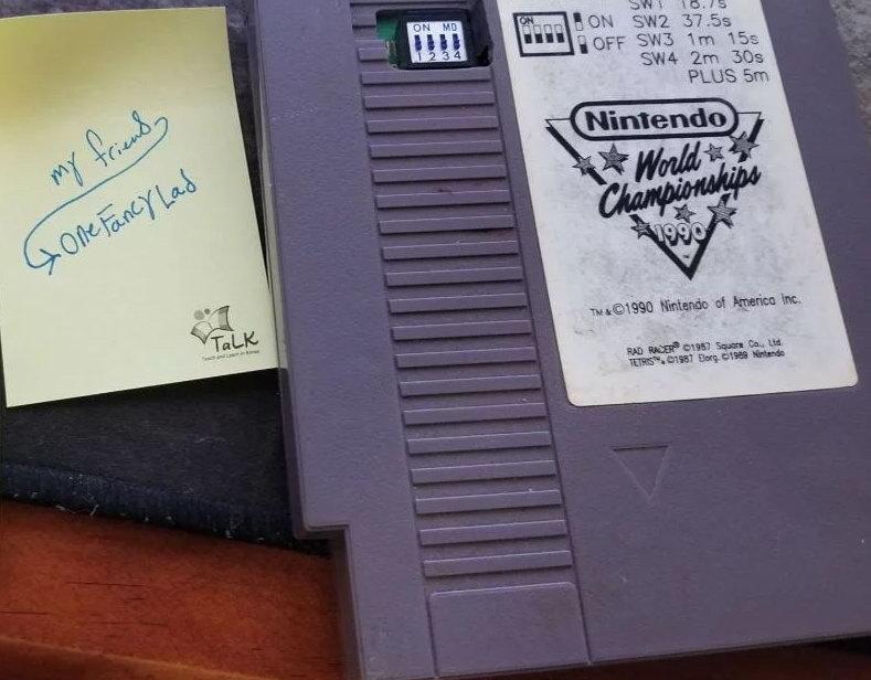 玩家晒《任天堂世界锦标赛》 堪称史上最珍贵游戏卡带