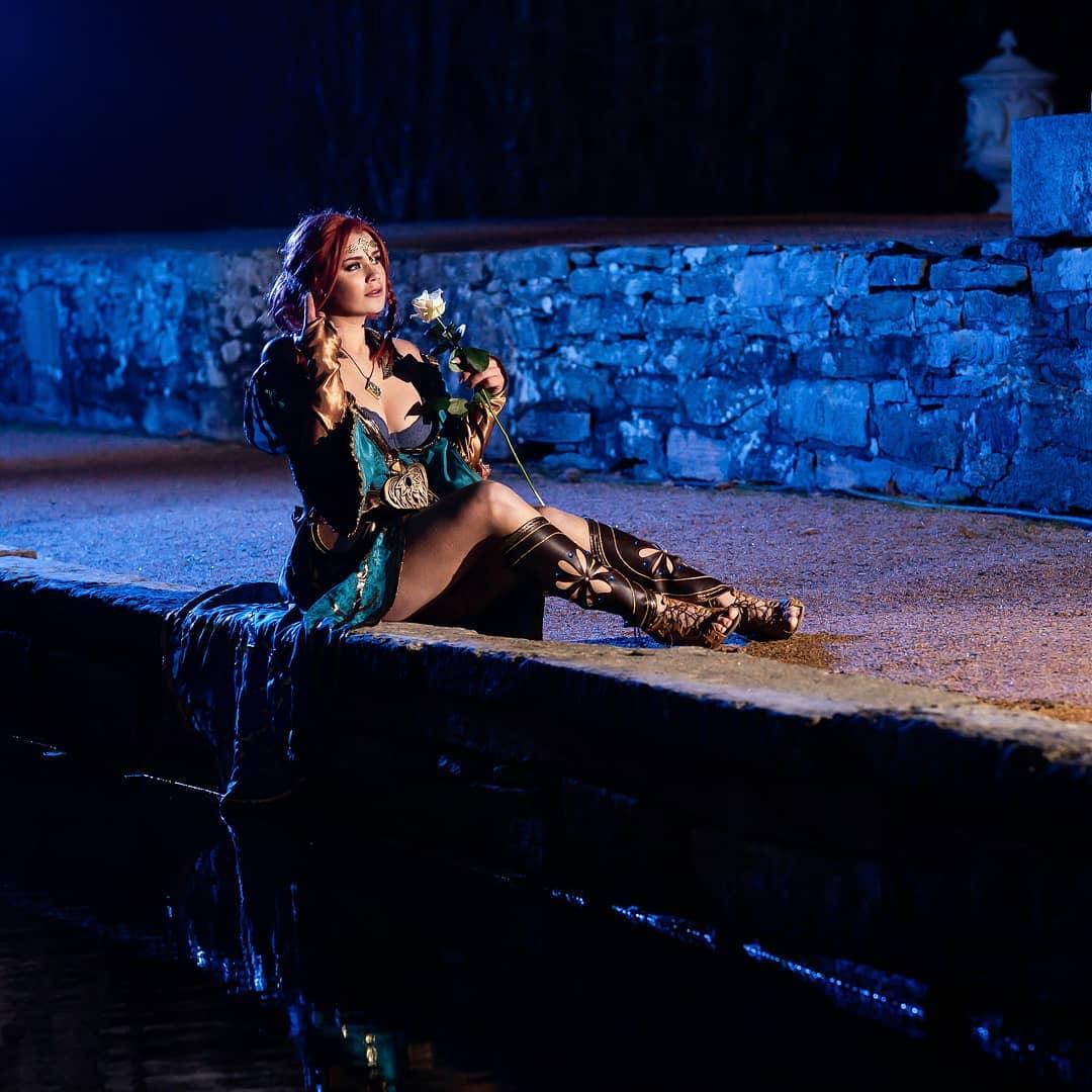 性感美艳 《巫师3》希里/特莉丝Cos美图让人惊叹