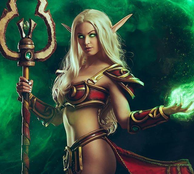美女Cos《宝可梦:剑/盾》炎兔儿 身材火辣性感吸睛