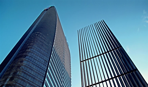 腾讯股价涨逾2% 市值超越阿里并重登亚洲第一