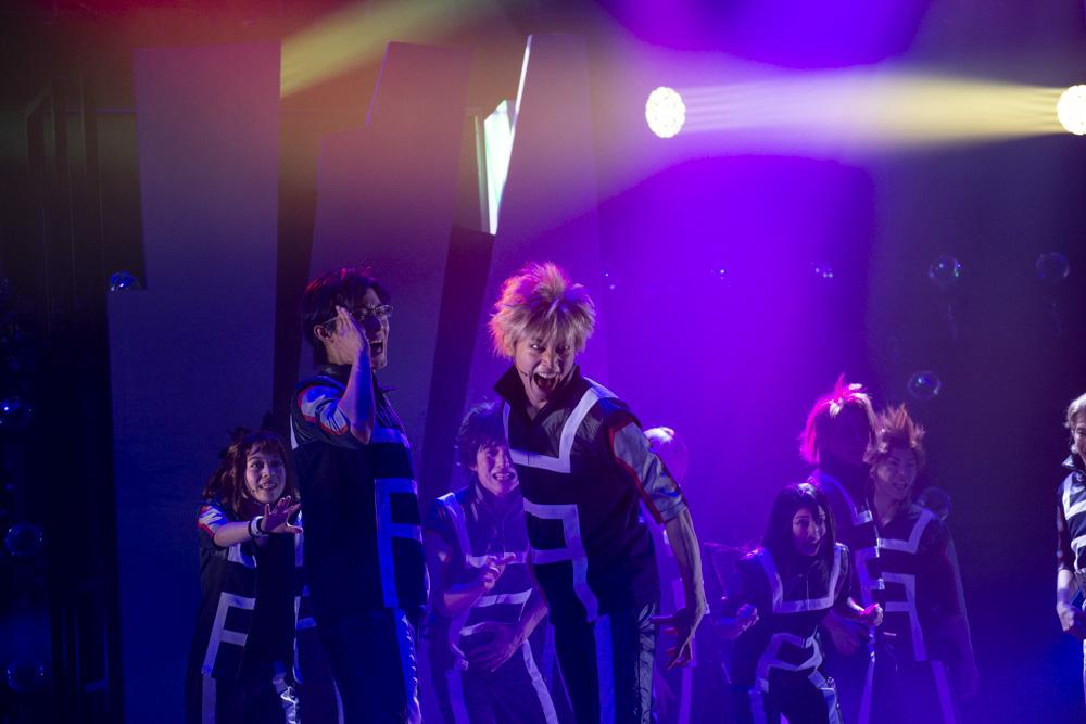 《我的英雄学院》最新舞台剧开演 神仙打架视频来袭