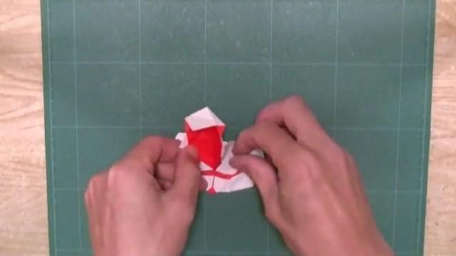 高达粉丝的必备素养!手工达人展示高达惊人折纸艺术