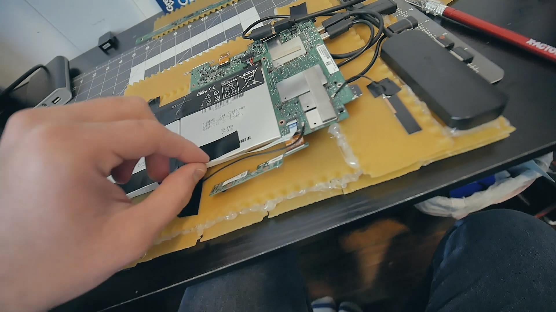 国外玩家自制美食版PC主机 吃货的脑洞实在太大了