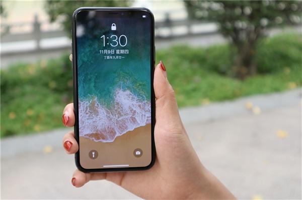 苹果本地服务也无优势 iPhone中国销量暴跌3成