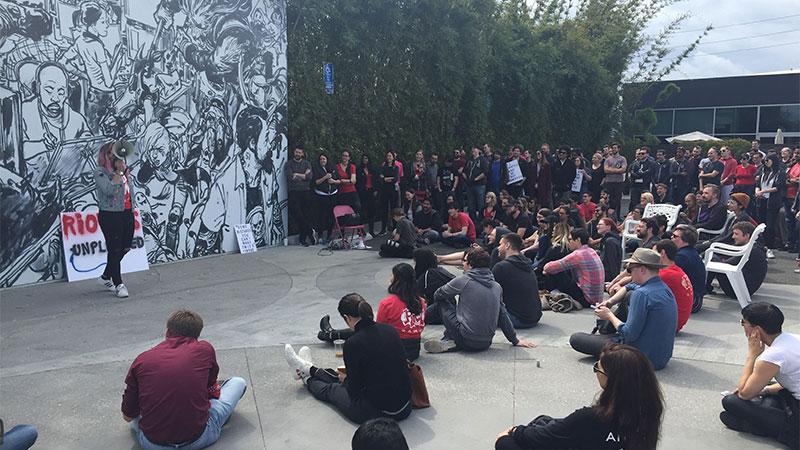 150多名拳头公司员工举行罢工集会 抵制性别歧视