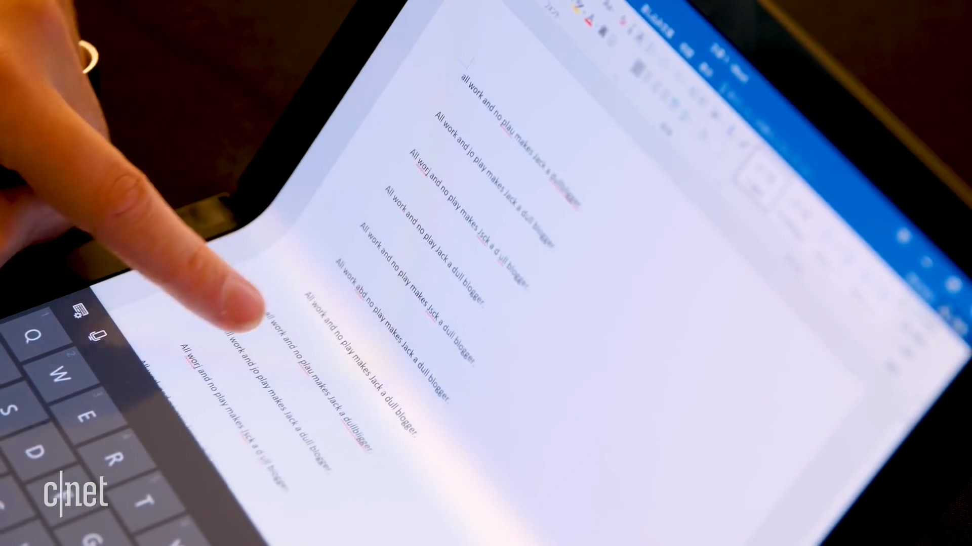联想发布全球首款折叠屏电脑 2020年上市、上手视频一览