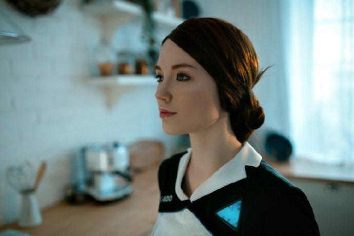 美女Cos《底特律:變人》卡拉 家政女仆顏值超高