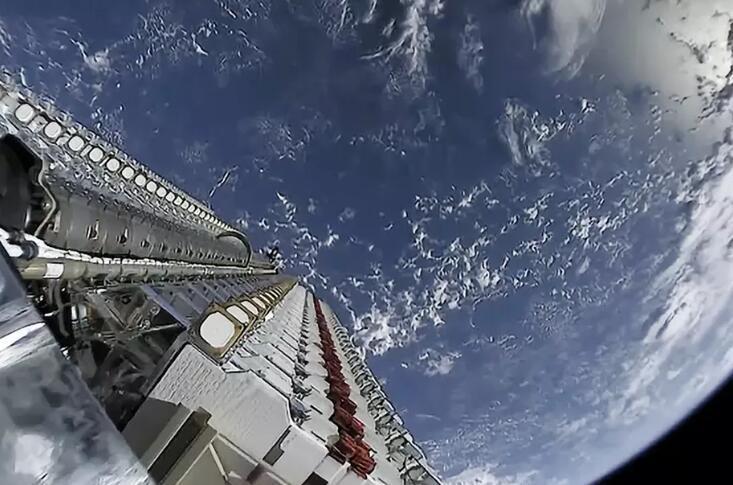 SpaceX首批60颗星链卫星有3颗失联,还有2颗要毁掉