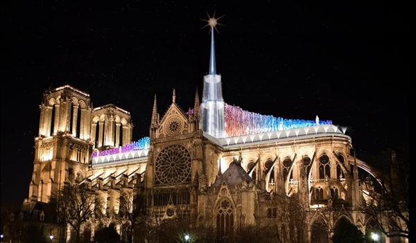 巴黎圣母院屋顶设计大赛结果出炉:国人设计师获得优胜