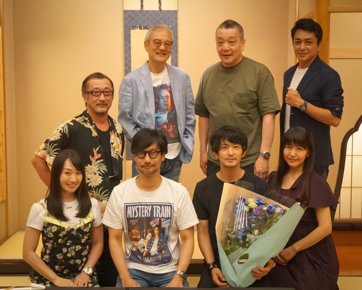《死亡搁浅》 日语录音工作完成 小岛秀夫与众声优同框庆贺