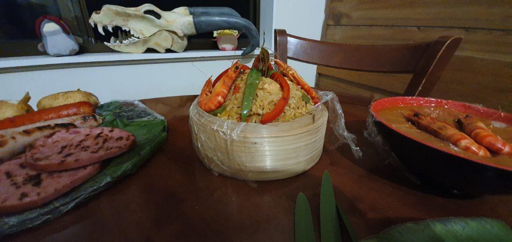 妻子为丈夫烹饪《怪物猎人:世界》大餐庆生 太温馨了