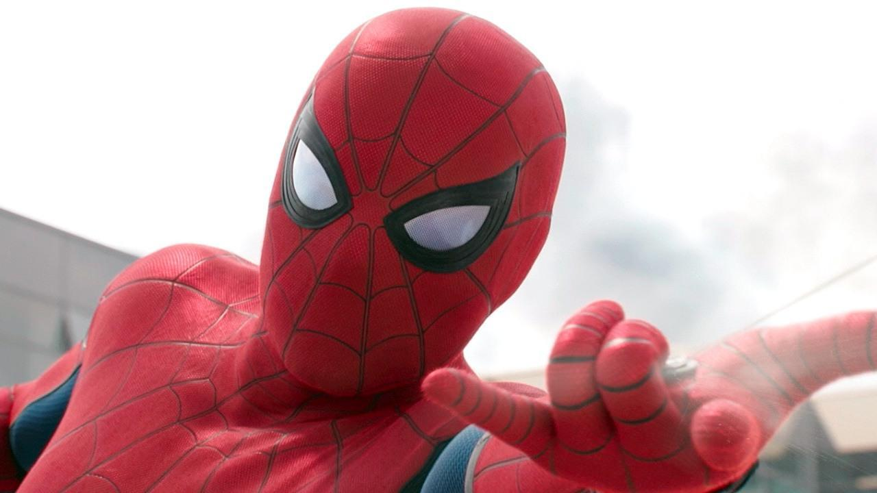 3DM早报|索尼在EPIC商城发行游戏 PS5开发机外形疑似泄露